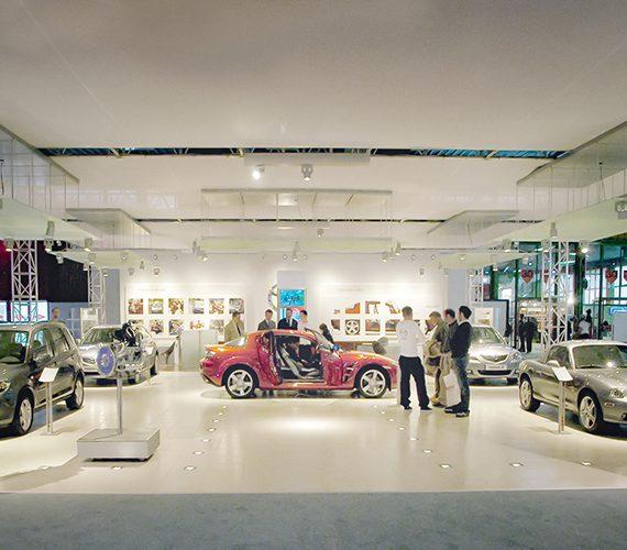 Stand Mazda Motor Italia al Motorshow di Bologna