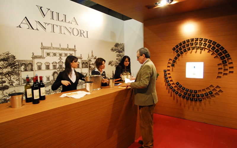 Zona reception stand Villa Antinori al Vinitaly verona